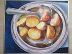 bord met gebakken aardappelen